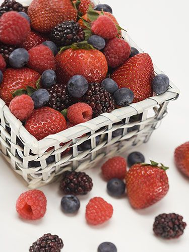 25 Foods for a Flatter Tummy