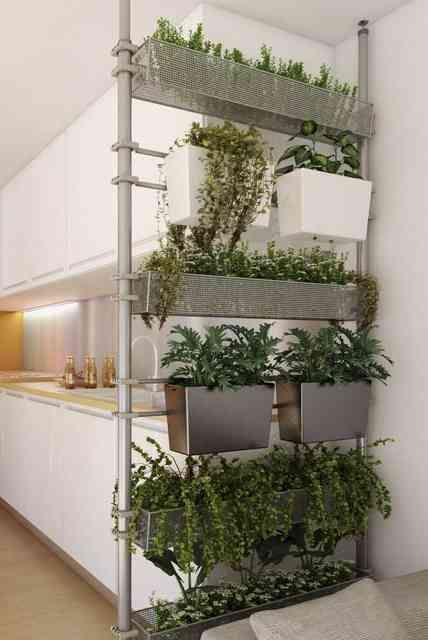 Cuisine-ouverte-cloison-modulable-jardinieres-Solutio-Castorama                                                                                                                                                                                 Plus