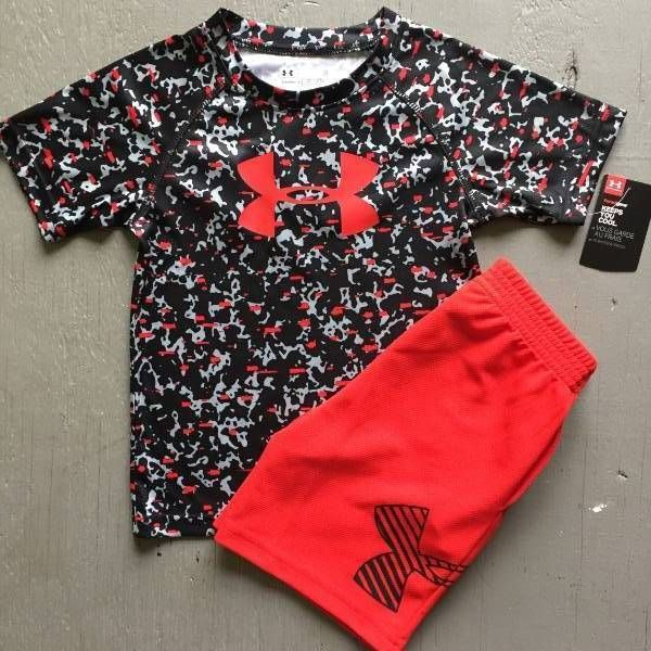 BOYS SIZE 2T UNDER ARMOUR CAMOUFLAGE SHIRT & RED SHORTS OUTFIT NWT