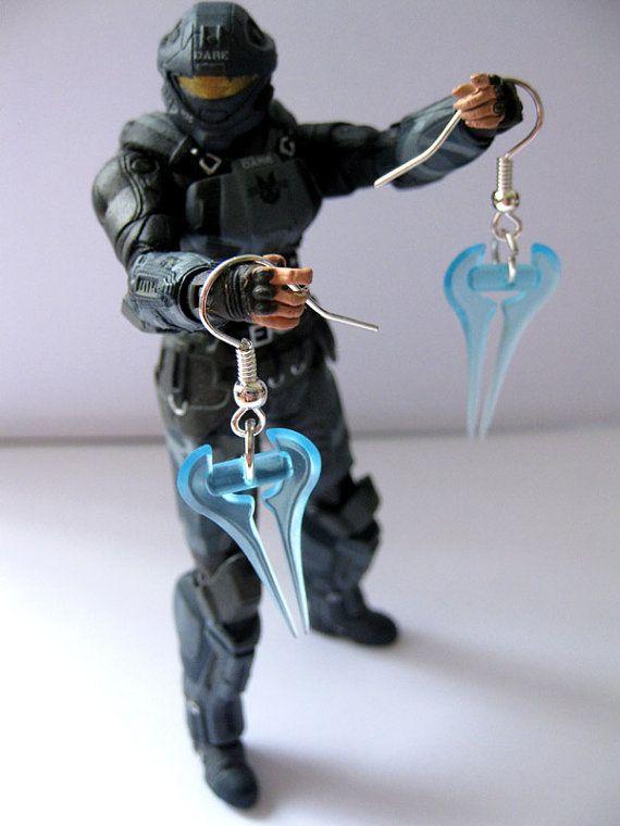 Halo Earrings  Energy Sword Gamer Jewellery by WarpDriveEmporium, £6.50   Not my favorite weapon but i like them
