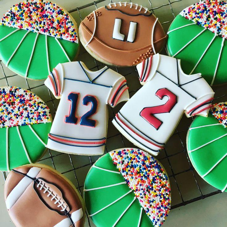Super Bowl football cookies@tinytudorcookies