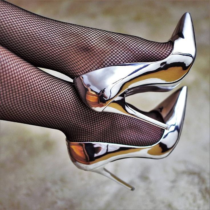 487 besten shoes bilder auf pinterest hochhackige schuhe for Schuhschrank jimmy