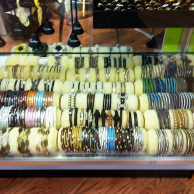 Use paint rollers to display bracelets. I love my boss! So creative(: