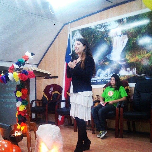 2do. día de Aniversario, hoy a cargo del Ministerio Juvenil (MINJUV), predica nuestra hermana Gislaine Armando