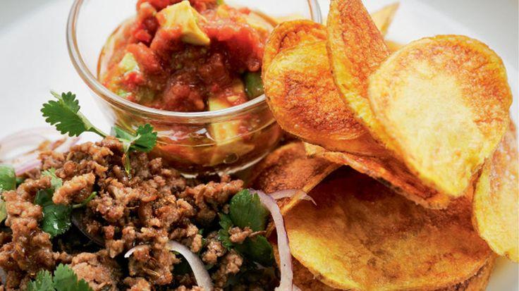 Lammetaco med avokadosalsa og potetchips