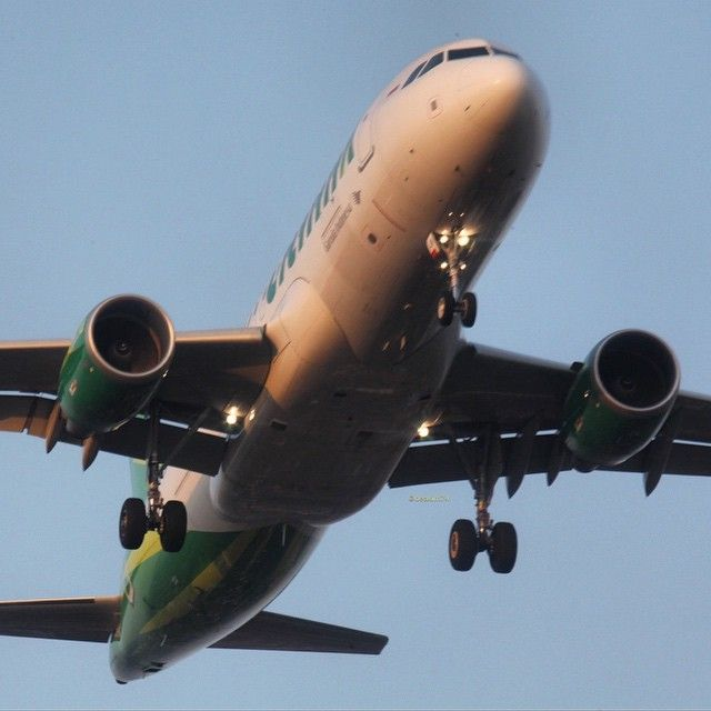 PK-GLW | AIRBUS A320-214  Citilink  Photo by Benny Manurung @deakim74 Instagram photo | Websta (Webstagram)