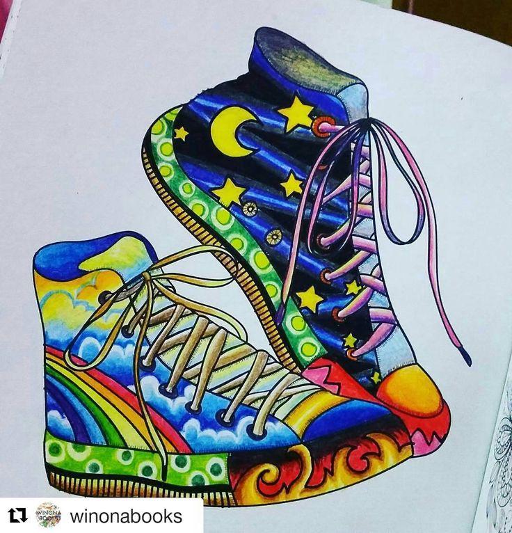 """Light and dark shoes #Repost [KARYA]@sheila_maricar with @repostapp ・・・ 🎼🎻🎶🎵🎸🎷🎤🎺🎹 Kita adalah sepasang """"Sepatu"""", selalu bersama tak bisa bersatu 😣 Aku sang sepatu Kanan, kamu sang sepatu kiri Ku senang bila diajak berlari kencang, tapi aku takut kamu kelelahan 😥 Ku tak masalah bila terkena hujan, tapi aku takut kamu kedinginan 😖 Terasa lengkap bila kita berdua, terasa sedih bila kita di rak berbeda. Didekatmu kotak bagai Nirwana, ◻◻tapi saling sentuh pun kita tak berdaya.. 👟…"""