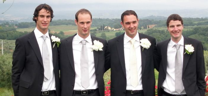 Best Man One Liners  It generally settles the nerves when you get a chuckle so here's a couple best man discourse jokes and one liners to give you a touch of motivation.  Read more: http://bestmanspeechsite.com/best-man-one-liners/  #bestmanspeech #weddingspeech #speech #bestman