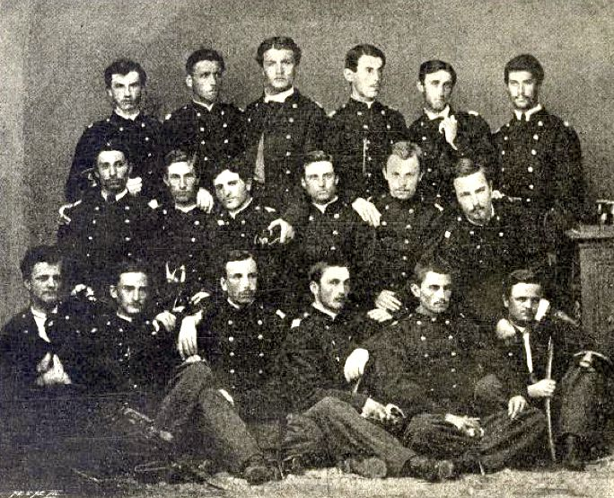 VI класа Војне академије (1861—1866). Путник у средњем реду, трећи лево