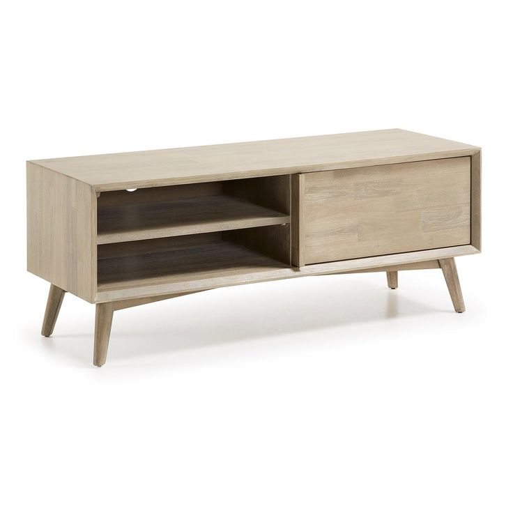 Degelijk WONDER houten tv-meubel vervaardigd van acaciahout is solide en zorgt voor een gezellige uitstraling. Dit tv-meubel is voorzien van vier lades, waarvan twee worden afgesloten met een deurtje. U heeft hiermee veel ruimte om makkelijk en netjes uw tv en overige apparatuur neer te zetten en de media op te bergen. De mooie grijze kleur draagt bij aan een vrolijk, licht interieur. Het meubelstuk is 50 cm hoog, 130 cm breed en 45 cm diep. Als alternatief voor dit model bekijk ook het…