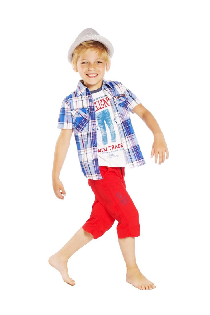 E-BOUND Chlapecká košile: http://www.emoi.cz/detske-obleceni/kosile-detske/e-bound-chlapecka-kosile.html