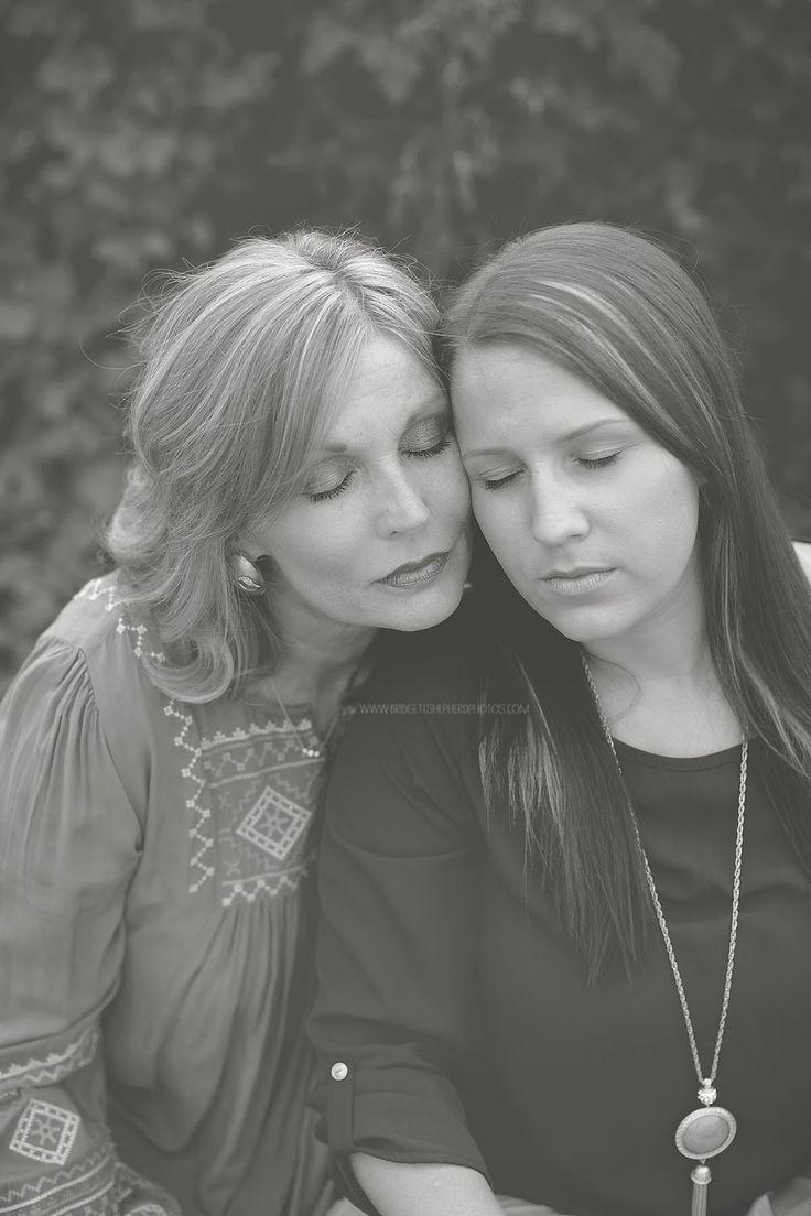 Mother Daughter | Buford Georgia Photographer. www.bridgettshepherdphotos.com #mother #daughter #posing