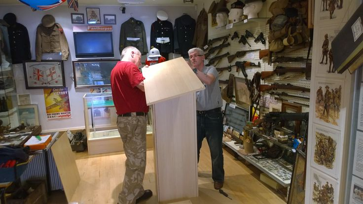 Frank and Brian getting technical converting a dozen or so flat-packs into our new display units.  Alan was locked away for the duration due to his history with sheets of glass!