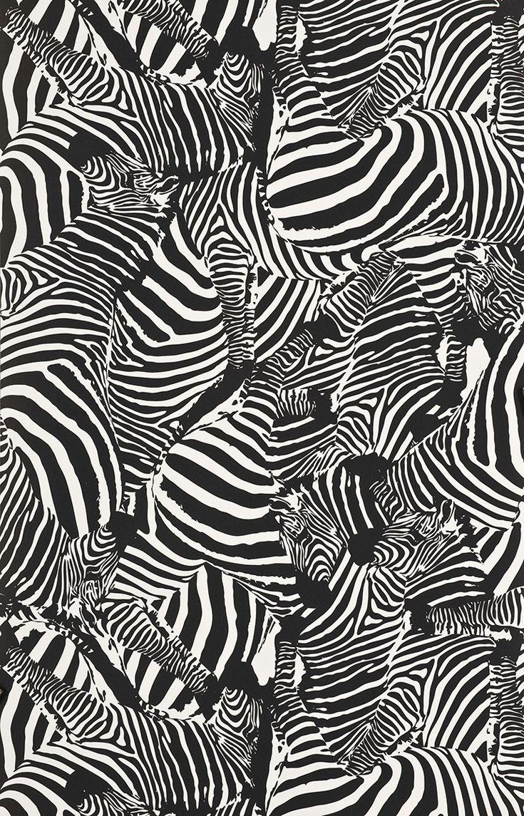 Carta da parati Zèbres // Zèbres wallpaper • Design: Jean-Charles de Castelbajac, Parigi, 2009. Foto Jean Tholance © Les Arts Décoratifs