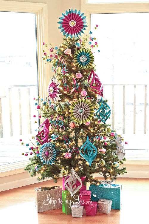 Amazing ornaments made from wrapping paper
