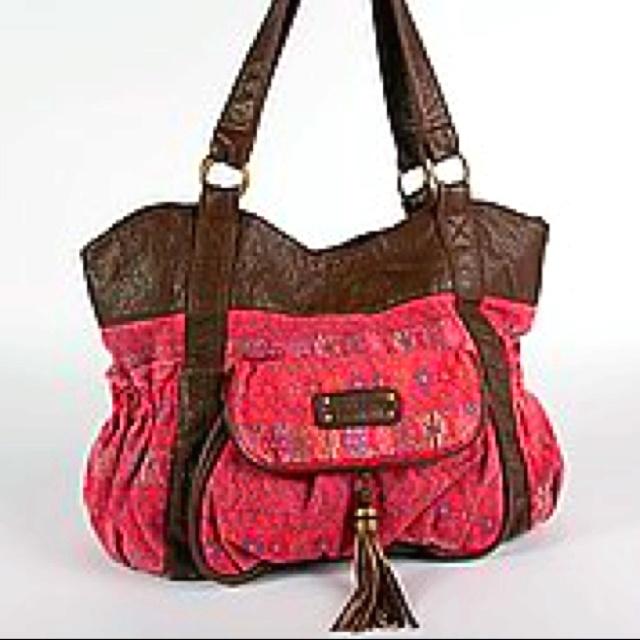Billabong rain dance purse...loove it