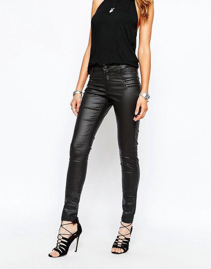 Noisy May - Fame - Beschichtete Skinny-Jeans mit Reißverschlusstaschen - Schwarz - Farbe:Schwarz
