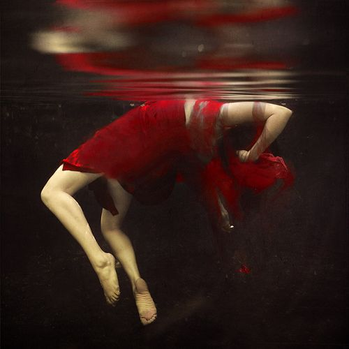 """I drank to drown my sorrows, but the damned things learned how to swim.""   ― Frida KahloUnderwater Photos, Inspiration, Red, Colors, Dresses, Underwater Photography, Fall Apartments, Falling Apart, Brooks Shaden"