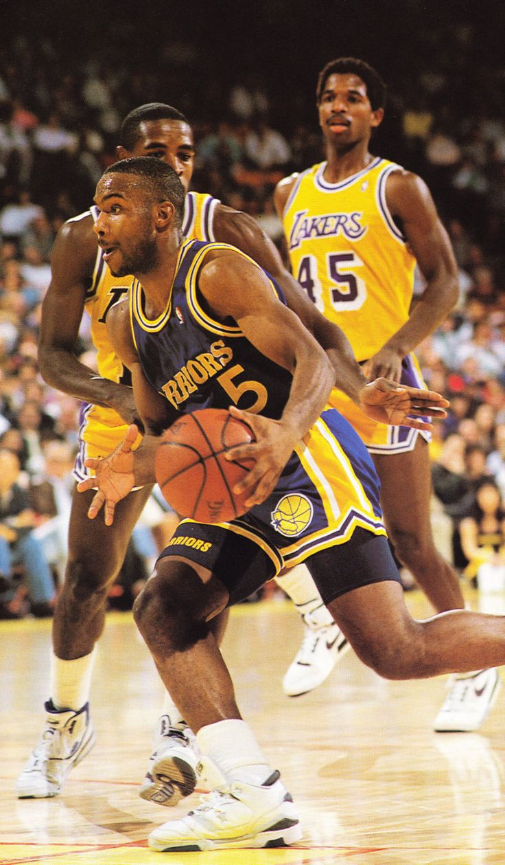 """Tim Hardaway was six feet tall, he was best known for his devastating crossover dribble (dubbed the """"UTEP Two-step"""" by analysts), a move which he helped to popularize among younger players. In his best seasons, Hardaway averaged 18 to 23 points and 8 to 10 assists per game. He reached 5,000 points and 2,500 assists faster than any NBA player, except Oscar Robertson. Hardaway also competed in five NBA All-Star Games."""