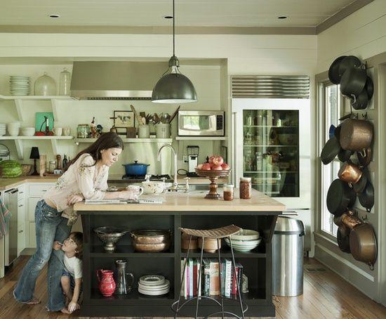 Bungalow Blue Interiors - Home - ashley putman's cozy country farmhouse