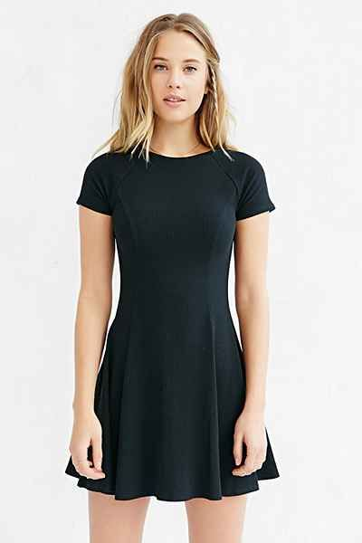BDG Jackie Flare Tee Dress - Urban Outfitters