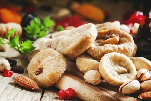Cibo: I #fichi #maritati la ricetta dalla tradizione popolare (link: http://ift.tt/1WHGaJd )