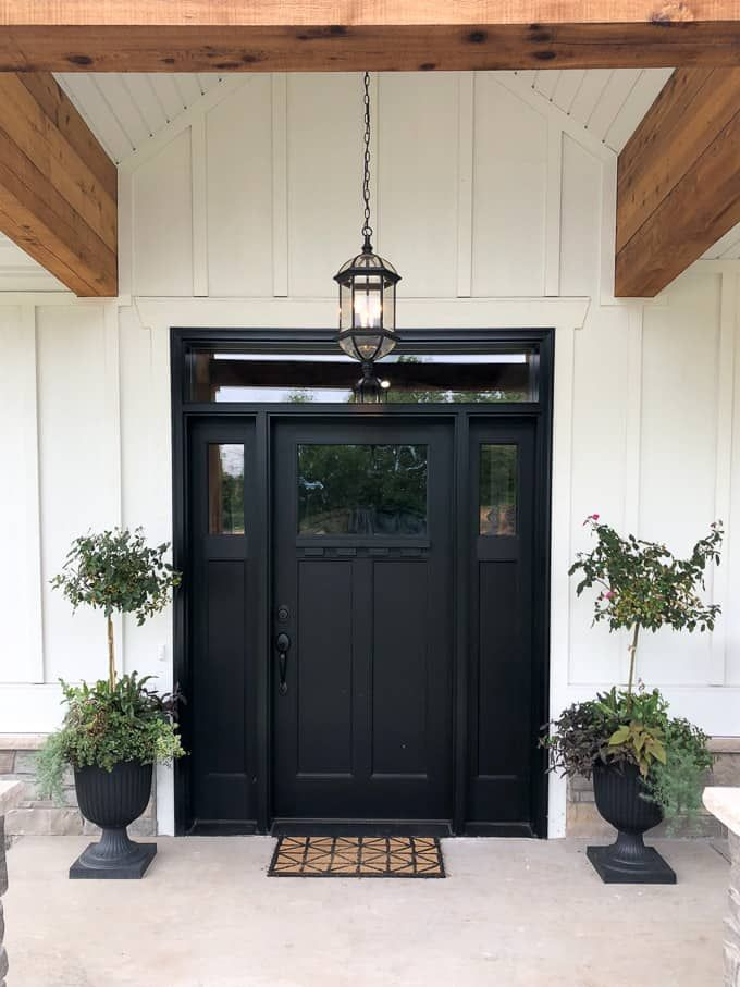 Modern Home Trends I M Loving White Exterior Houses House Exterior Black Exterior Doors
