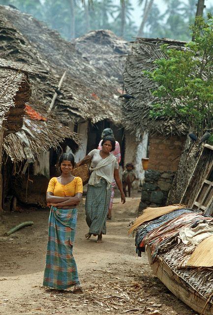 India - Kerala, Kovalam, il villaggio by mariagraziaschiapparelli, via Flickr