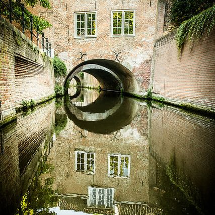 A view at the canals of Den Bosch, located in Brabant.