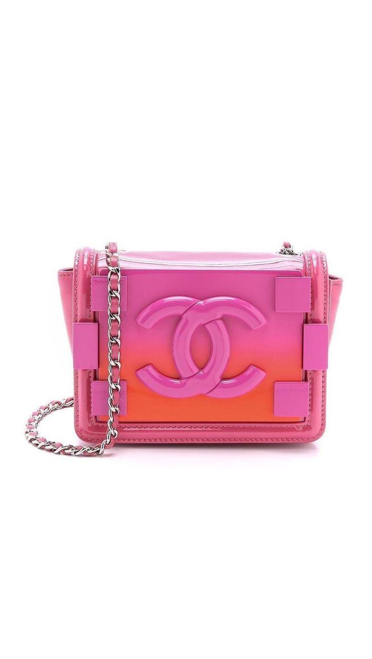 Chanel Ombre Logo Bag http://picvpic.com/women-bags-shoulder-bags/chanel-ombre-logo-bag#Pink