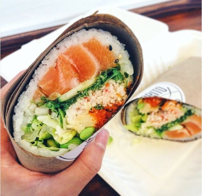 """Okay some of these I really want to try! Especially this sushi-burrito-thing. It is making me realize how much I miss sushi *sob* """"15 Hipster Food Trends That Need To Die In 2017"""""""