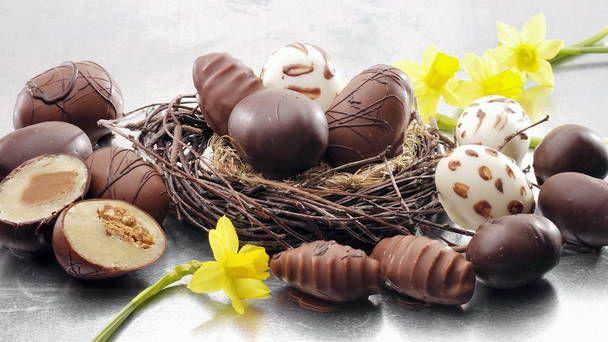 Æg med marcipan-mums til påske