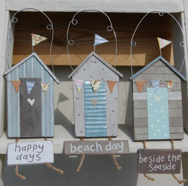 Gisela Graham Beach Hut Plaques available at EmZo.co.uk