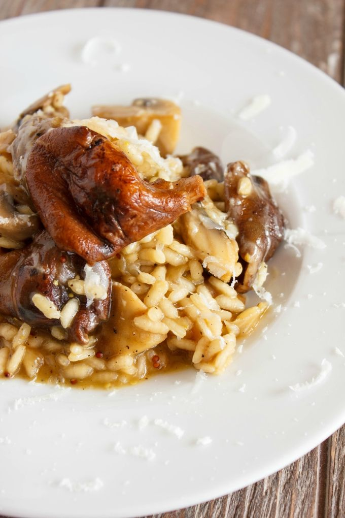 Balsamic and Mushroom Risotto  | #recipe #mushrooms #risotto #appetizer | http://thecookiewriter.com