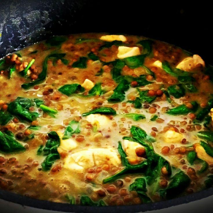 Linzencurry met verse spinazie