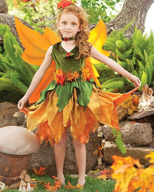 Girls Fall Fairy costume for your next renaissance fair A BIT LONGER, ADD LEAFY, FLOWING SLEEVES AND WE'RE ALMOST THERE... ;)