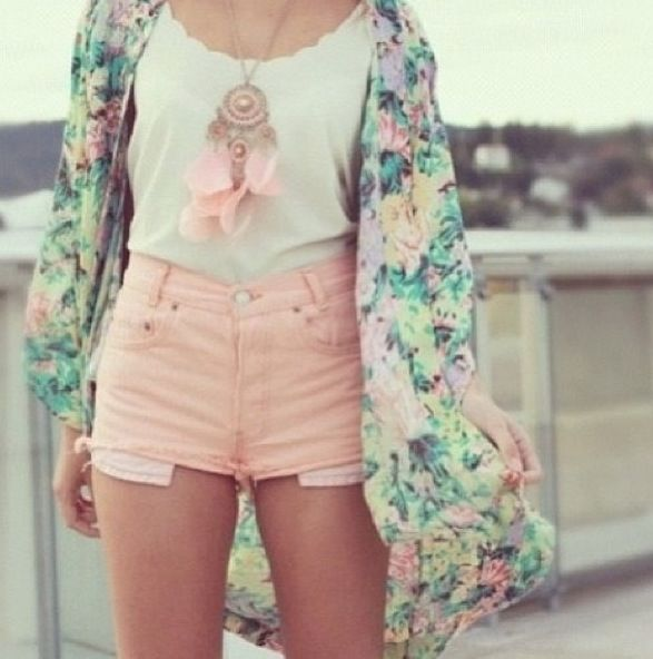 Water pastels!  Floral outfit. I have pinned this twice before, but I LOVE IT SO MUCH!!!