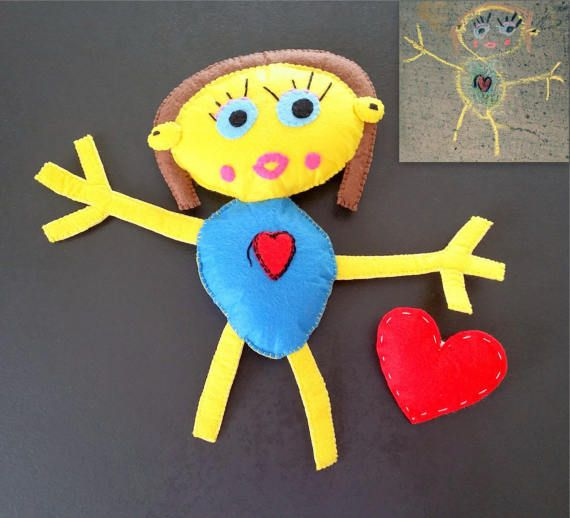 Made by Kids Doll, Cute and custom handmade doll made after a kids drawing #giftforkids #personalizedtoy #dadbirthdaygift #birthdaygiftforkids #memoryfeltdoll #customportrait #birthdaypresent #kidsartturnedintotoy #kidsart #kidsdrawing