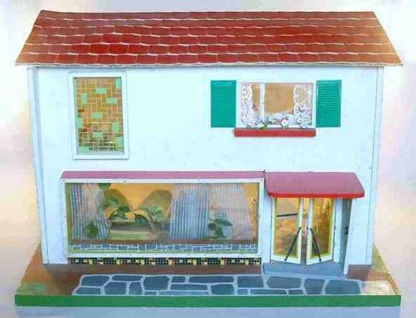 """""""Das zerlegbare Puppenhaus"""", Hersteller: VEB Holzspielwaren Grühhainichen innerhalb VERO, DDR, 1966, Maße: 75 x 48 x 54 cm"""