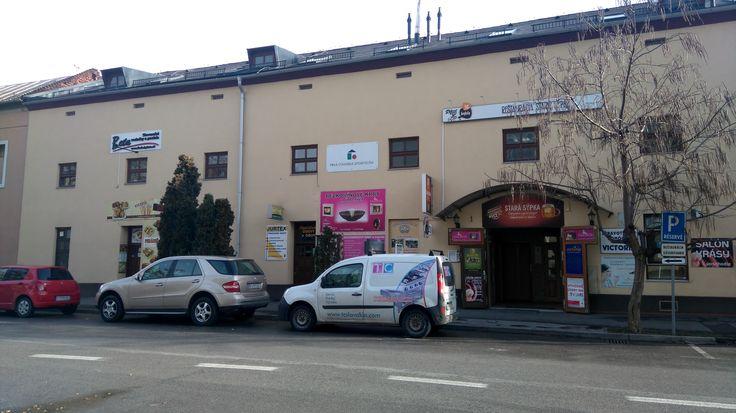 Sedačky Beta - Košice ul. Fejova 1, 2. posch. (nad reštauráciou Stará Sýpka)