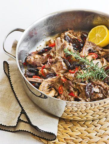 Αρνίσια παϊδάκια με ελιά και θυμάρι | Συνταγές, Κόκκινο Κρέας | athenarecipes