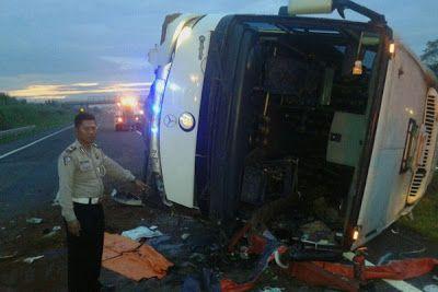 klarifikasi kebenaran insiden kecelakaan rombongan bela alquran asal cirebon  informasi