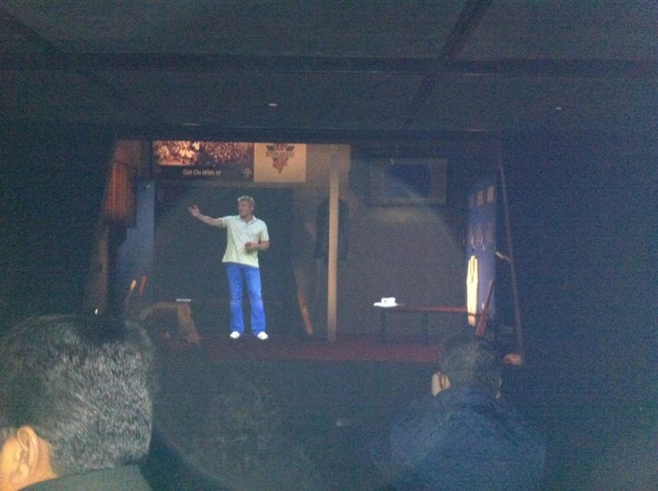 Amazing 3D show which depicts Sharne Warne and his cricketing career. Very very real