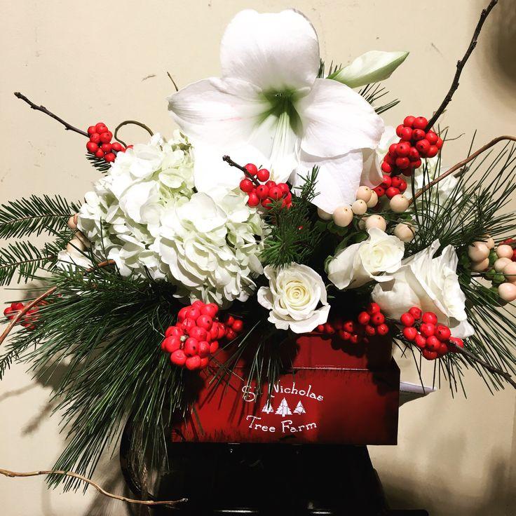 Christmas arrangement ~ flowers delivery Chicago ~ www.flowersbygeo.com