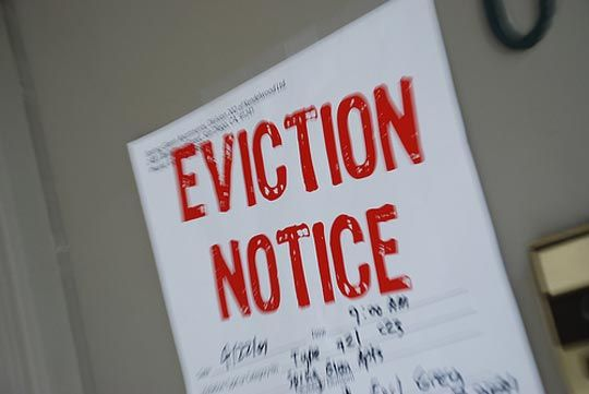 California Courts give detailed explanations and instructions for those dealing with eviction, foreclosure, and security deposits.
