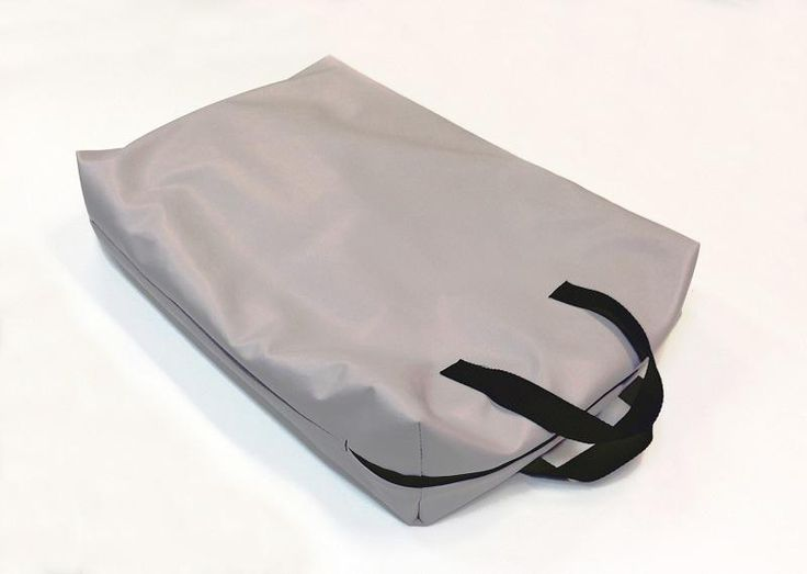 Voici le  Sacoche pour pèse-bébé avec poignées que vous trouverez au meilleur prix sur www.senup.com.     https://www.senup.com/sacoche-pour-pese-bebe-avec-poignees-4731.html       Sacoche prévue pour le transport d'un pèse-bébé.  Équipée de poignées.  Grise