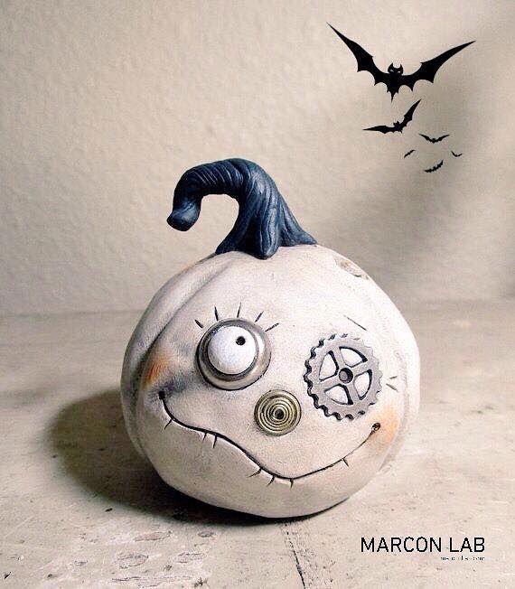 """Halloween   Pumpkin Bu gece kapınızı çalıp """"Şaka mı şeker mi?"""" diyecek çocuklar.    #HappyHalloween"""