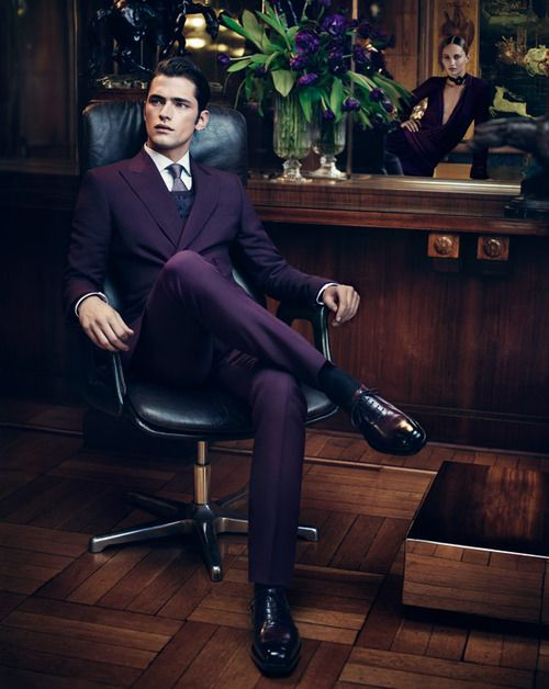 don't be afraid to use purple or pink in your outfit guys, it's hawt if you can pull it off