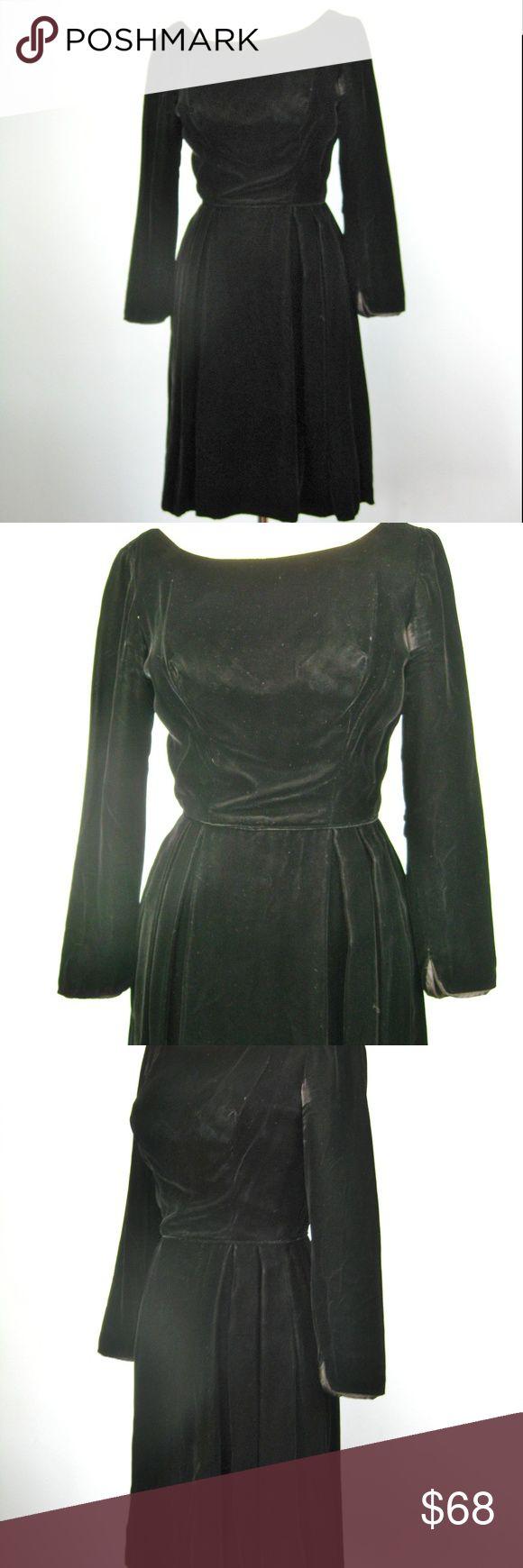 Best Vintage s Black Velvet Dress XS