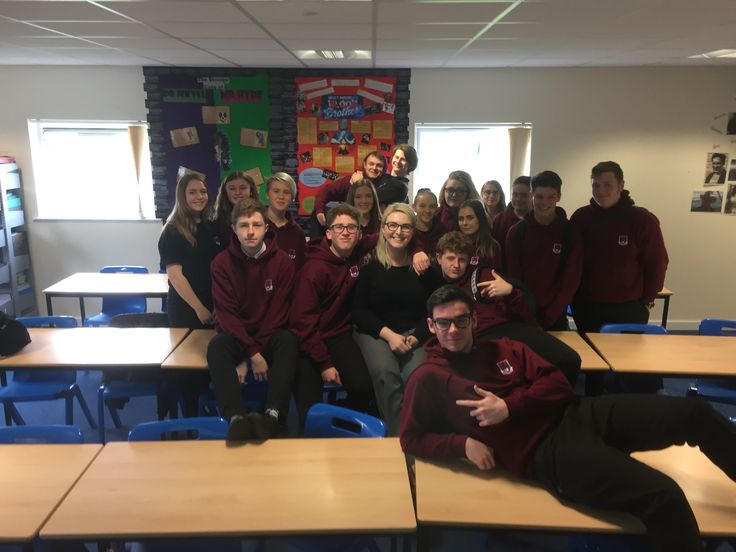 Mrs Thomas' B Year 11 Class ~ 2017